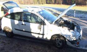 Ford Focus mit Frontschaden