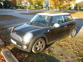 MINI-Cooper Limousine 3, schwarz, 88-90kW, 120-122 PS, BJ 2009, viele Extras!