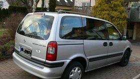 Opel Sintra 2,2
