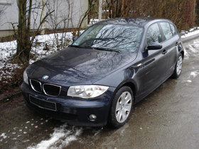 BMW 118d Limousine 5-türig, Monacoblau