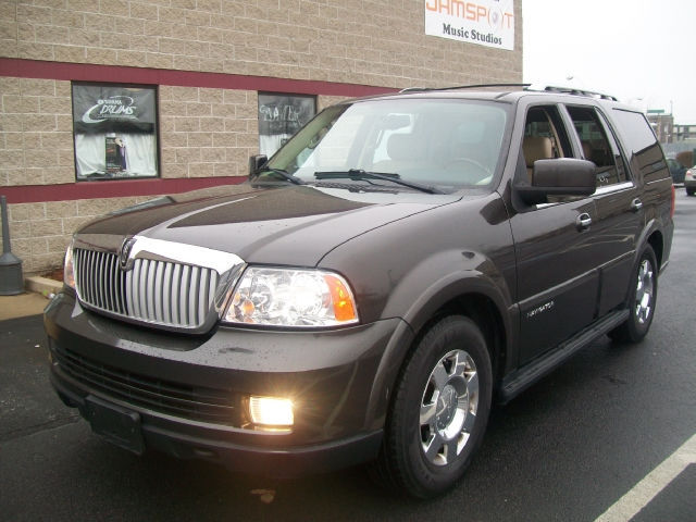 Lincoln Navigator Luxury 2006