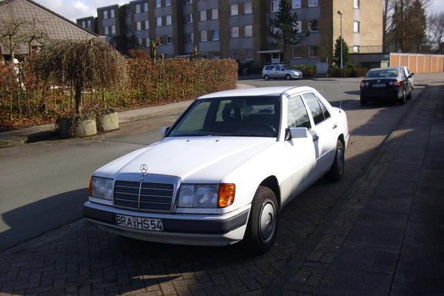 200 E (Typ 124)