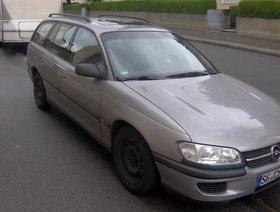 Opel Omega     Viel zu tun