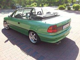 Verkaufe meinen giftgrünen Opel Astra Cabrio 1.6i Bertone Edition