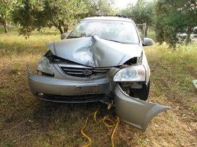 KIA Carens Unfallwagen