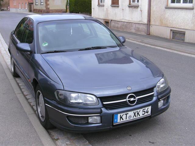 Opel Omega B  CD
