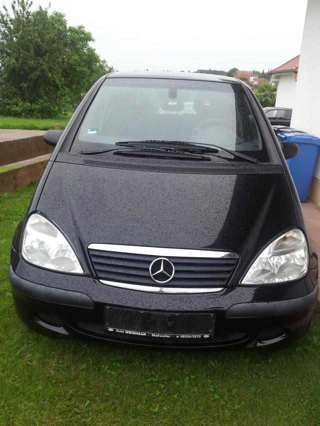 Mercedes Benz A-Klasse 60 KW schwarz