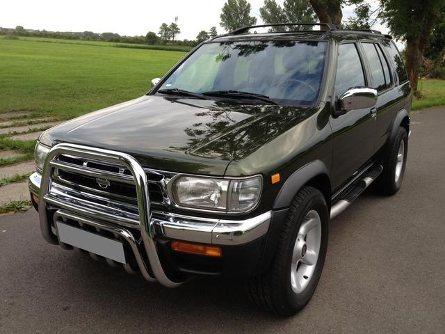><Nissan Pathfinder 3.3 V6 4x4 Automatik/ ALLRAD NUR 60.500 KM><
