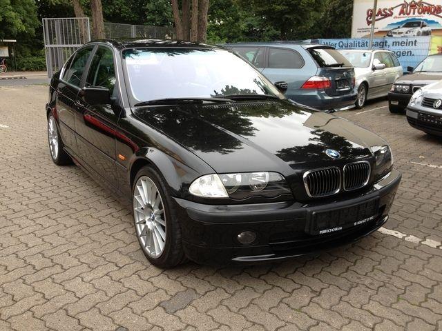 BMW 323i M-Paket, Leder