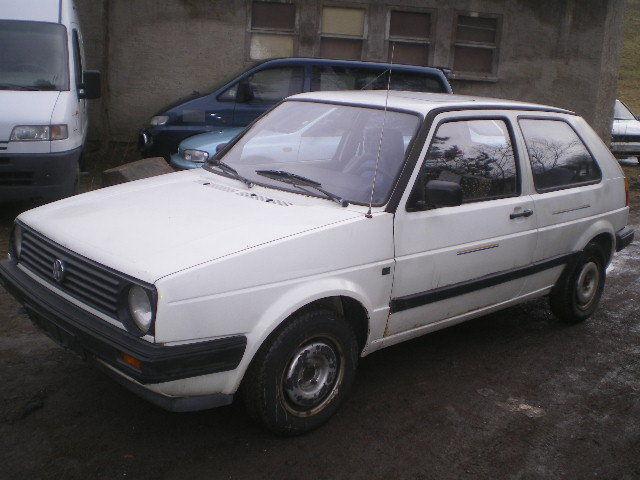 VW Golf GL