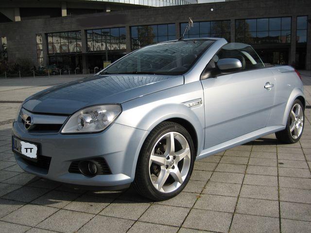Opel Tigra Twin Top 1.8 Cosmo - BJ. 06/2005 - 1.Hd.