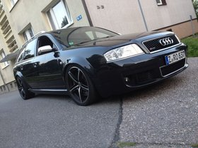 Audi RS6 Avant 4,2 Liter BiTurbo 450 PS