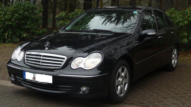 Mercedesc C 180 Elegance Automatik FACELIFT!!! Top Gepflegt