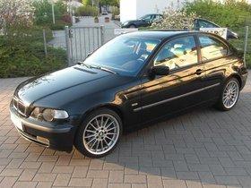 BMW 325 Compact in Vollausstattung und Leder