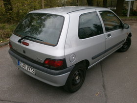 Renault Clio 1.4 RT Automatik Klima tolles Einsteigerauto oder Zweitwagen