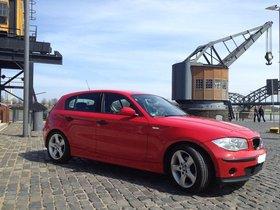 Scheckheft gepflegter BMW 116i 5-türig rot zu verkaufen