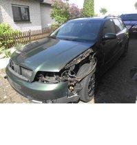 Audi mit Brandschaden vorne links