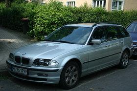 BMW 325i Touring Vollausstattung