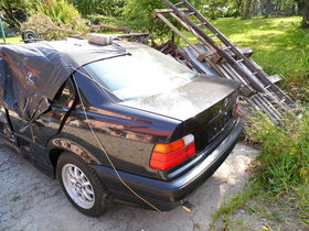 Unfallwagen BMW 316i