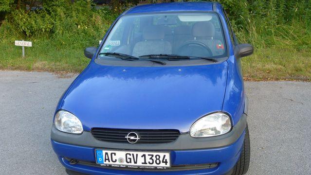 Blaue Opel Corsa 12V (ECO), 54 PS