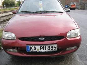 Unfall Auto Fahrbereit
