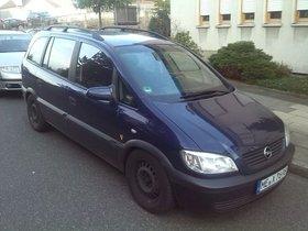 Opel Zafira -A