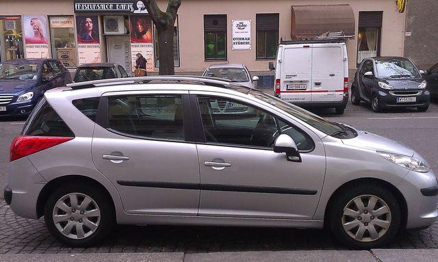 Peugeot 207 SW TREND 1.4 16V