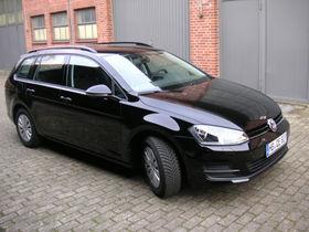 VW Golf VII Variant Trendl. BlueMotion Fahrsch. AHK