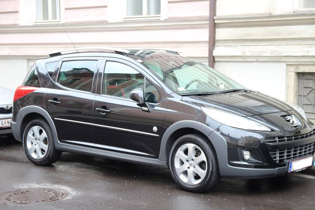 Peugeot 207 SW Outdoor HDI 90