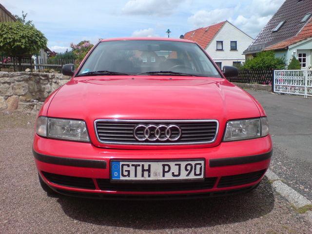 Audi A4 B51,6 rot BJ96 TÜV NEU und alle Querlenker + Bremsen