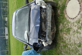 Toyota Yaris Unfallfahrzeug