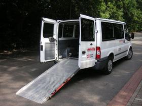 FORD Transit FT280K 9-Sitzer Rollstuhl/Eurorampe