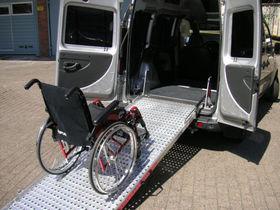 FIAT Doblo 1.3 16V Multijet Dynamic Rollstuhl/Rampe
