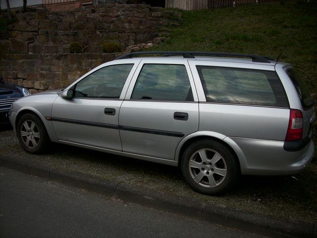 Opel Vectra -B-Caravan