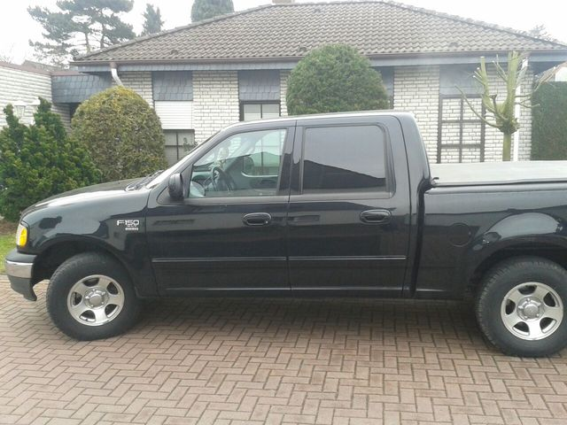 Ford F 150 Super Crew Cab XLT