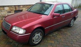 Mercedes-Benz C180 Rot