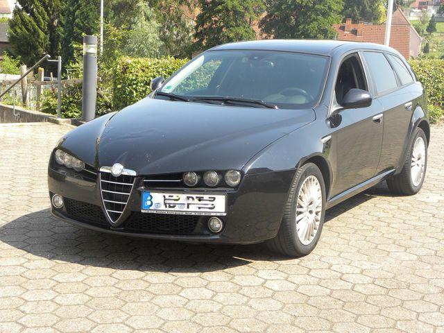 Alfa Romeo 159 Sportwagon 3,2 Q 4 Kombi Allrad
