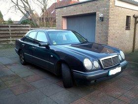Mercedes-Benz E 200 Elegance