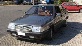 Oldtimer  Lancia Thema 8.32