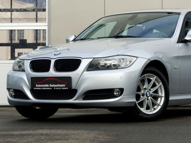 BMW 320d DPF Touring Aut. PANO! NAVI! 2. HAND! 1A!