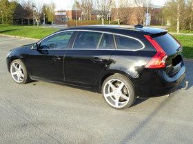Volvo V60 DRIVe Kinetic - Top Zustand !!