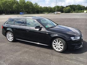 Audi A4 Avant Ambition DPF Xenon, Navi, Panoramadach