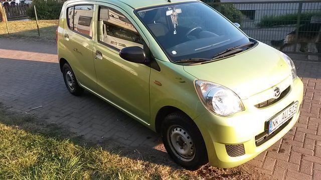 Daihatsu Cuore sparsam_Scheckheft gepflegt