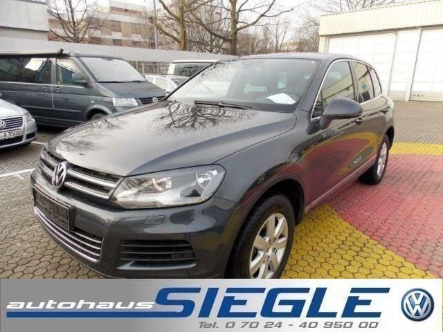 VW Touareg 3.0 V6 TDI-Navi-Panorama-SSD-AHK-Kamera