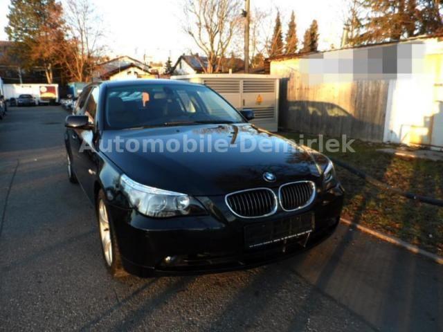 BMW 530xd Touring Aut.-Panorama-Navi-Xenon-PDC-Leder