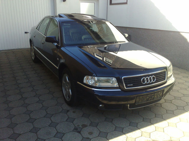Audi A8 2,5 TDI Quattro
