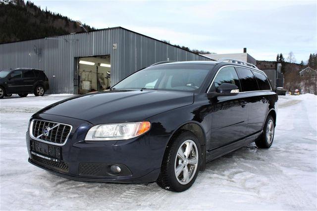 Volvo V70 2.4D Aut. kpl. Volvo Scheckheft TOP!!!