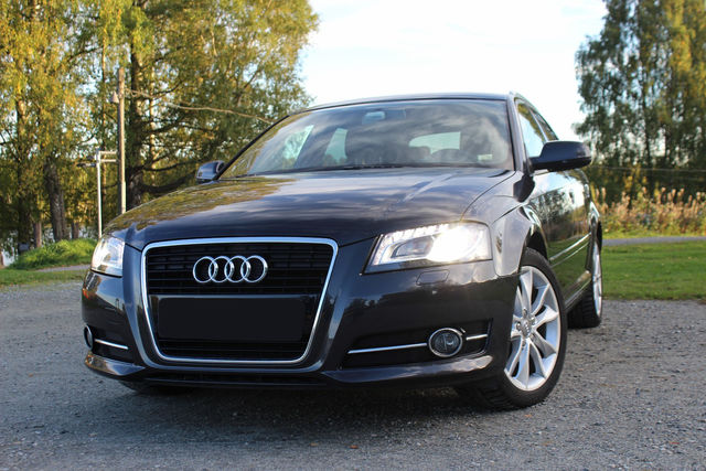 Audi A3 1.6 TDI Sportback DPF Attraction
