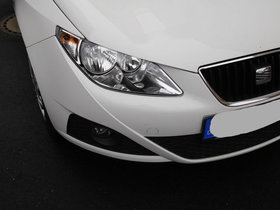 Seat Ibiza SC 1.4 16V Style Weiß 86 PS 52.295 km 8fach bereift