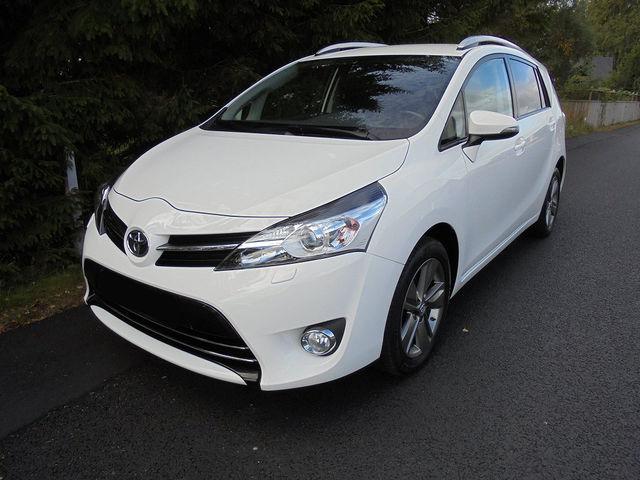 Toyota Verso 1.8 Life,Kamera,Panoramadach,7-Sitzer SHZ